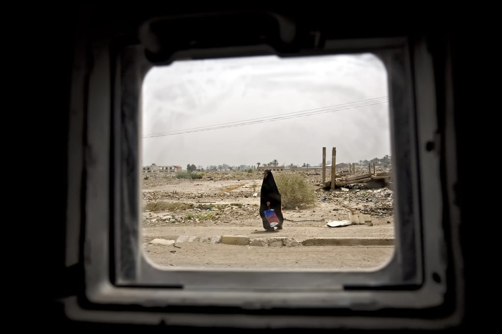 Benjamin Lowy's Iraq/Perspectives series was shot inside a US Army Humvee, and shows both everyday life in a devastated Iraq and the military's view of it. Image © Benjamin Lowy, 2007.
