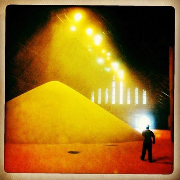 Sugar warehouse in the port of Santos, Brazil, in November 2011 © Ed Kashi / VII Photo