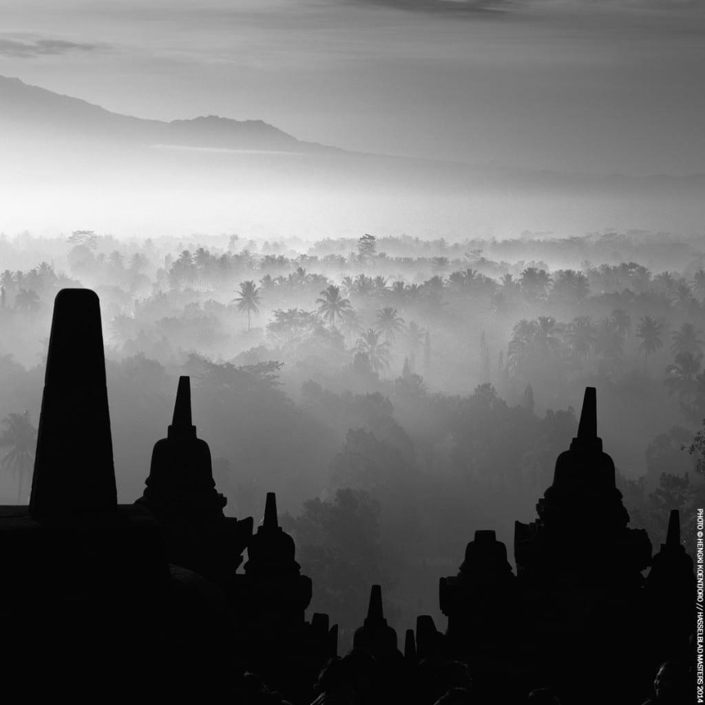 Winner in the Landscapes/Nature category: Hengki Koentjoro, Indonesia
