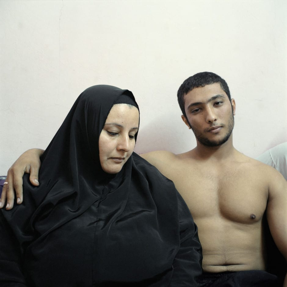 2nd Prize People – Staged Portraits Stories: Ali, a young Egyptian bodybuilder, poses with his mother © Denis Dailleux, France, Agence Vu