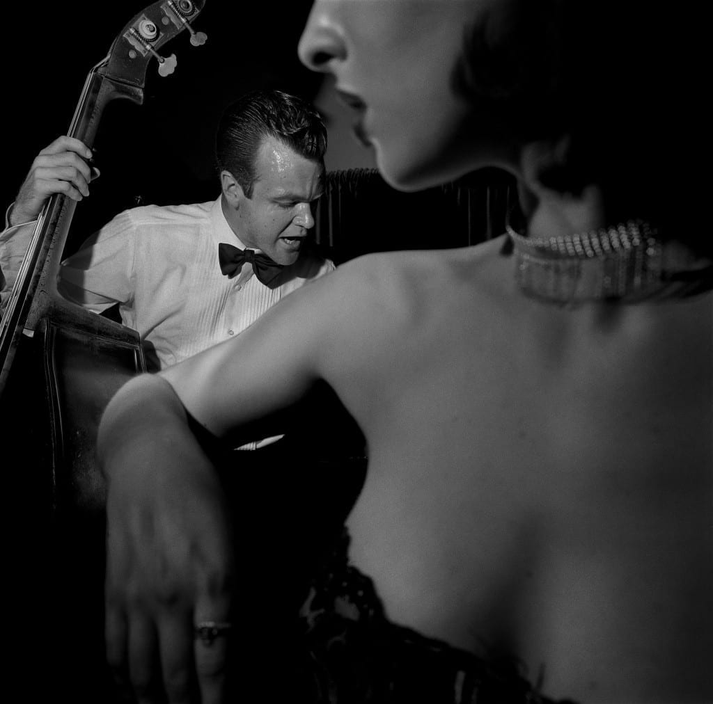 Little Brown Jug, California, August 1997, from Larry Fink on Composition and Improvisation. Image © Larry Fink, courtesy Aperture, 2014