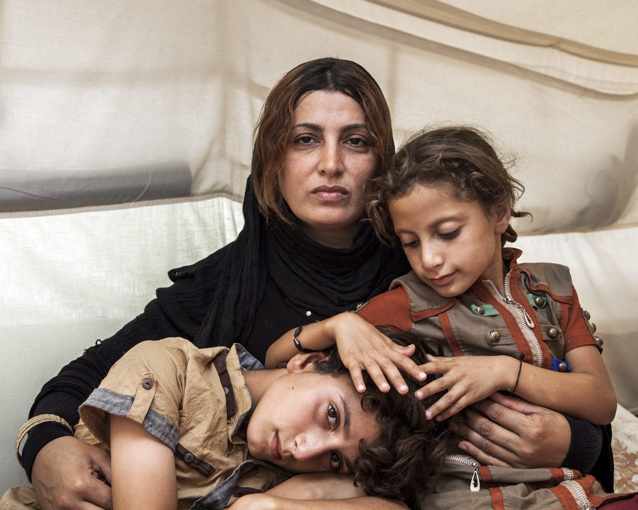 Amira and her Children by Ivor Prickett © Ivor Prickett/UNHCR/Panos Pictures