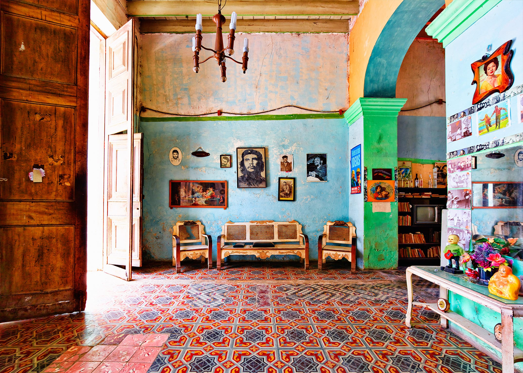 Photographing the disappearing homes of castro s cuba - Interior design jobs in michigan ...