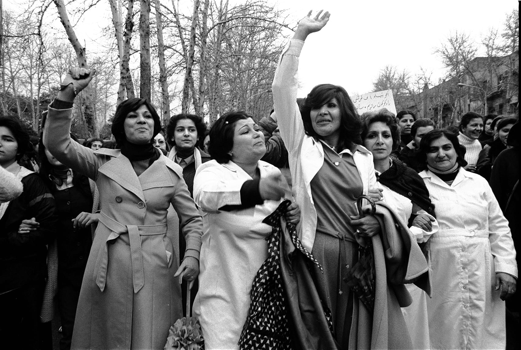 the day 100 000 iranian women protested the headscarf. Black Bedroom Furniture Sets. Home Design Ideas