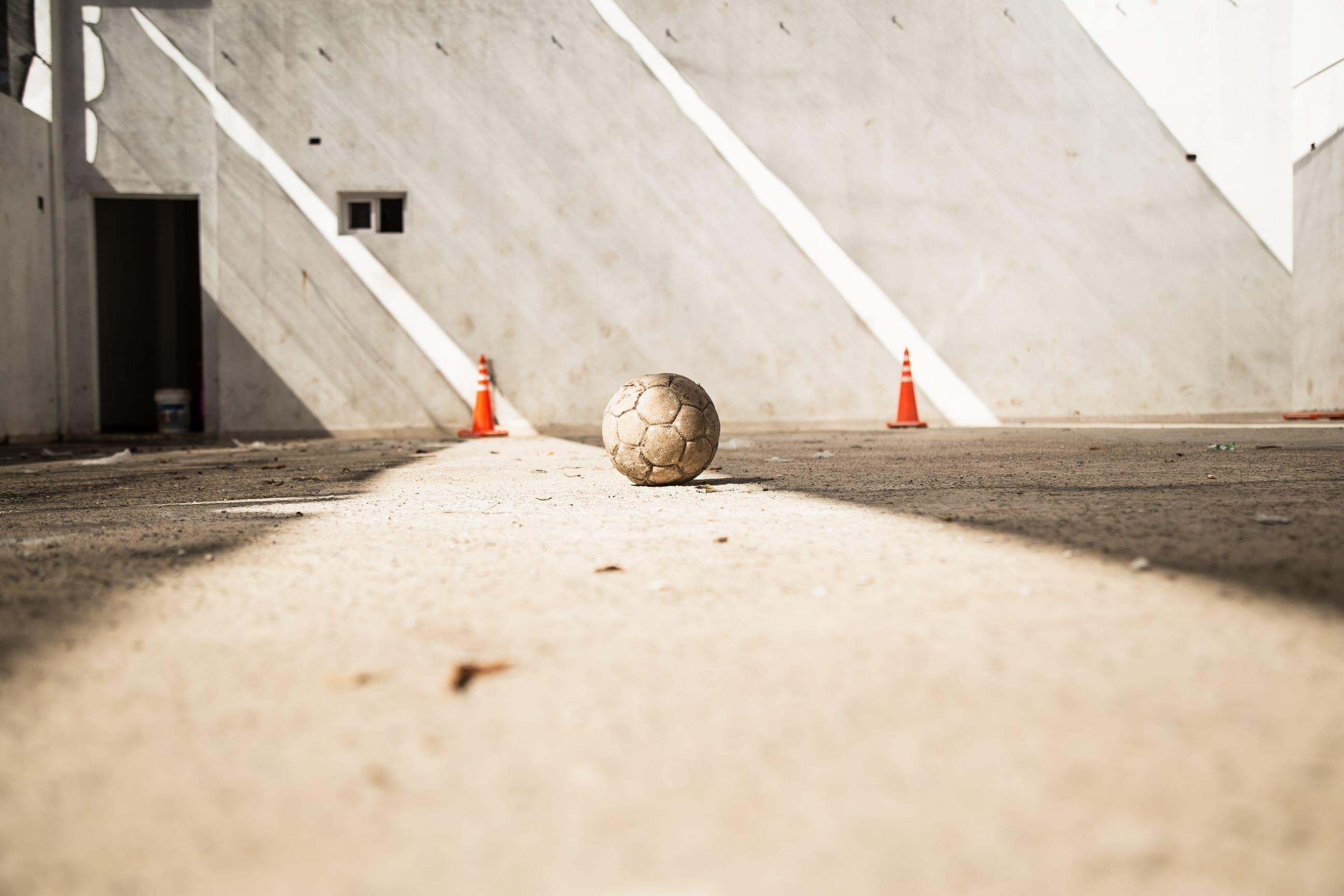 Ball Empty