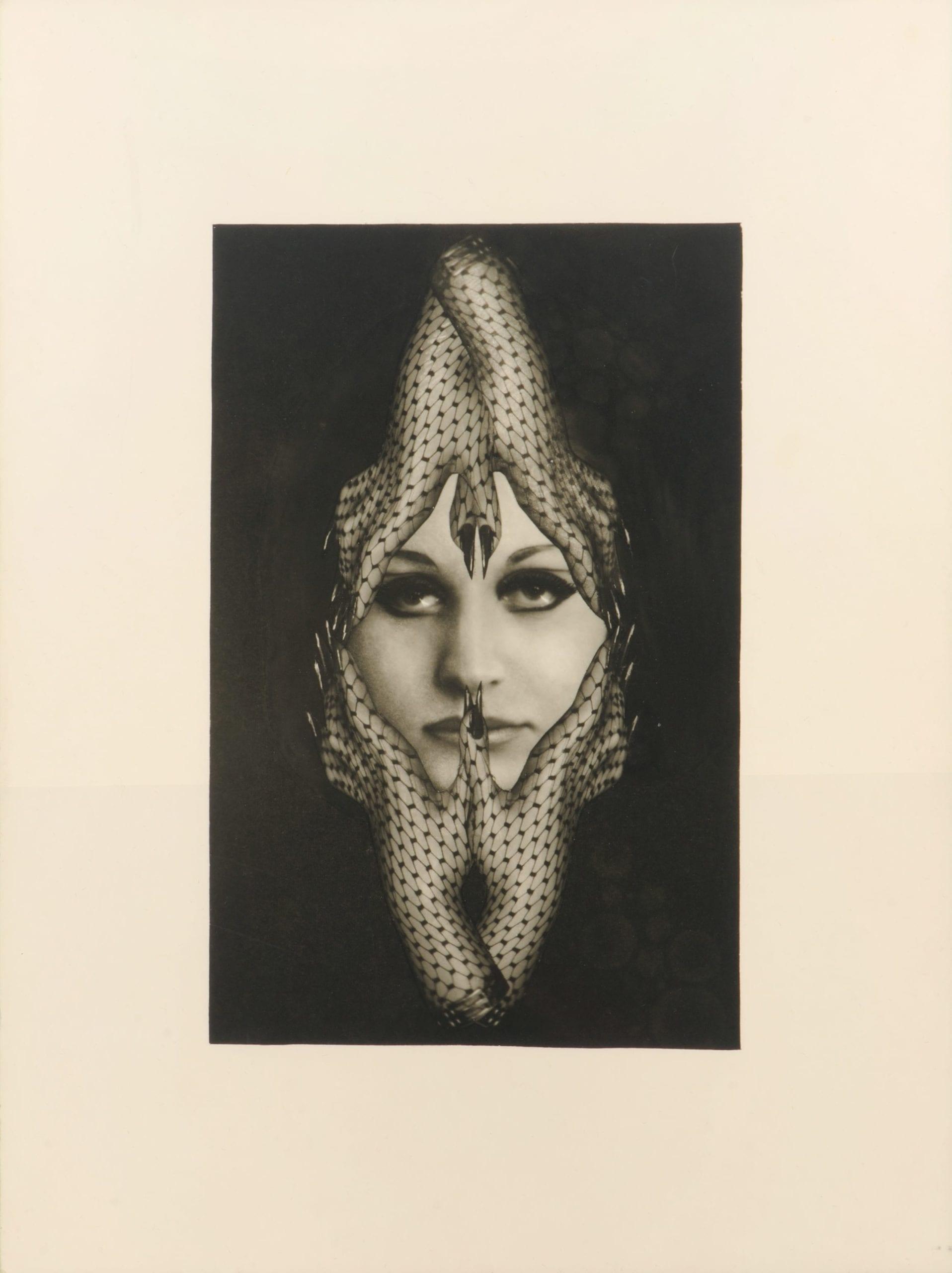 Hanel 1, planche n°30 du Chaman, tirage argentique d'époque © Artcurial