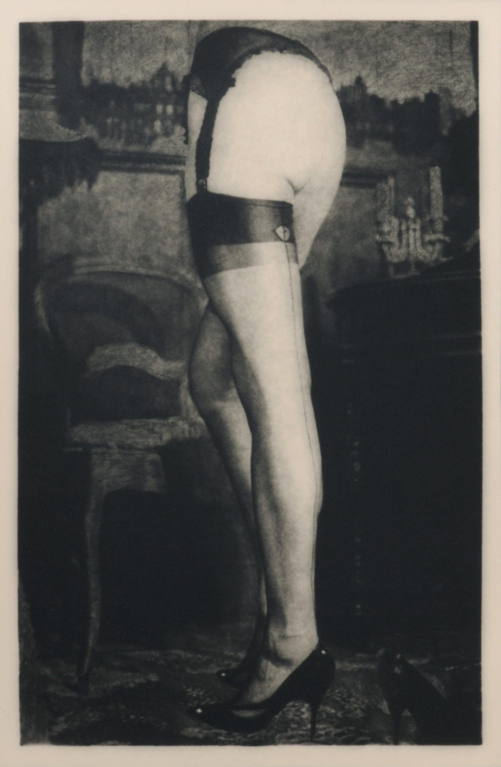 Les jambes de Jean Meunier, 1972, tirage argentique d'époque © Artcurial