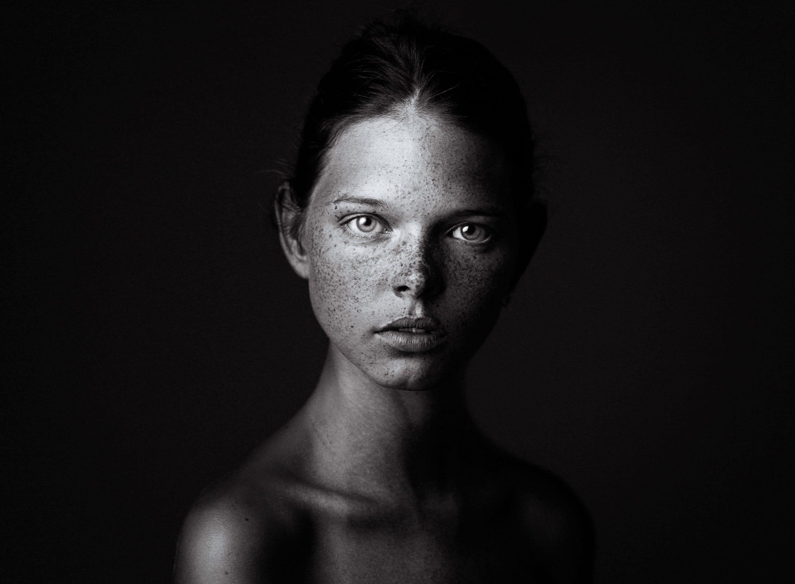 1st Place (Faces, B&W), 2014 – Rudoi Vladimirovich, Russian Federation