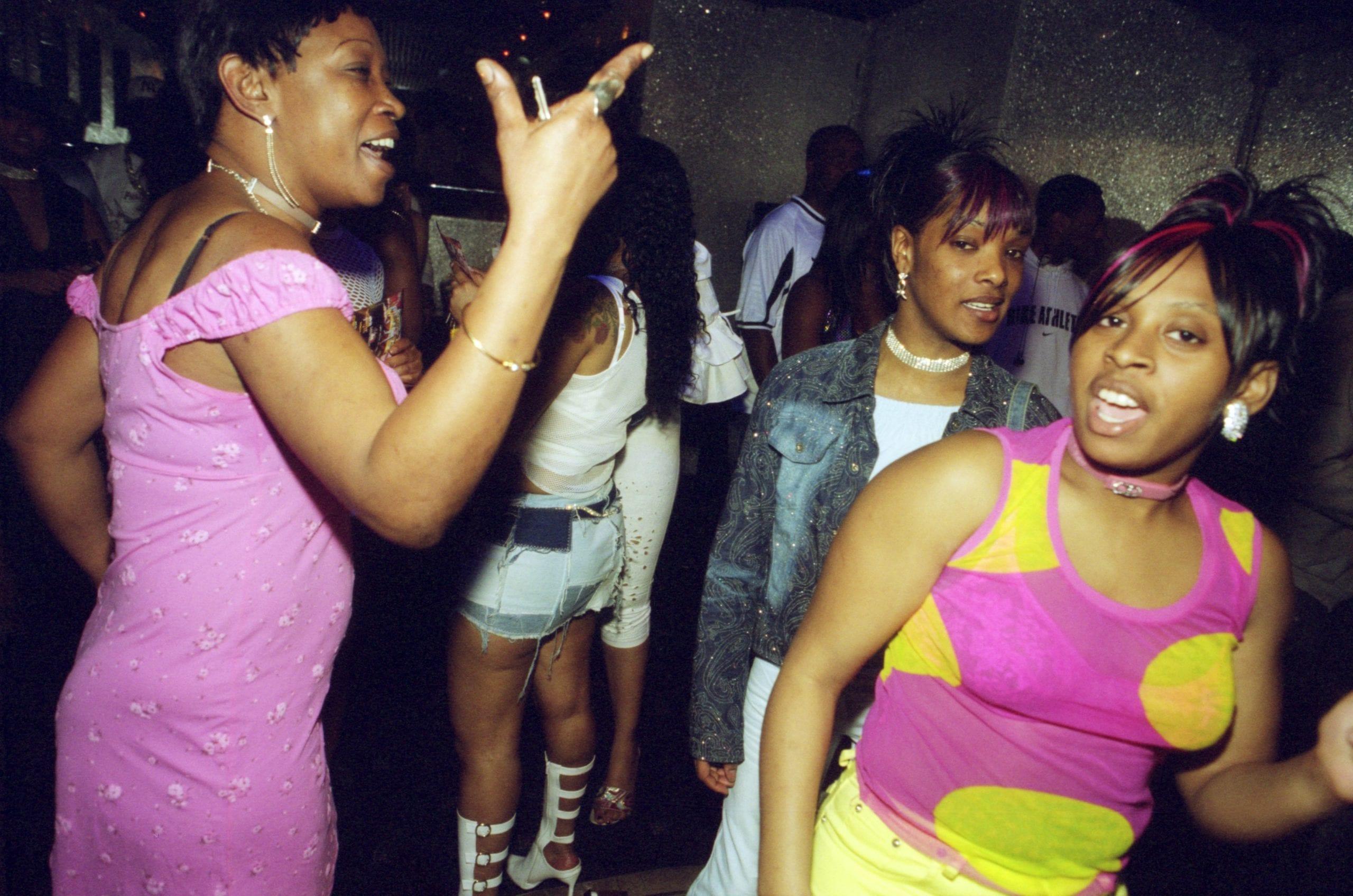 Cameos Nightclub, Peckham, 2003 © David Titlow