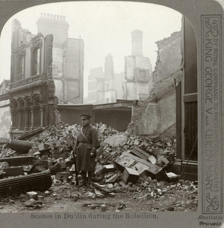 01_PressImage l Stereoscopic view of Dublin ruins, 1916