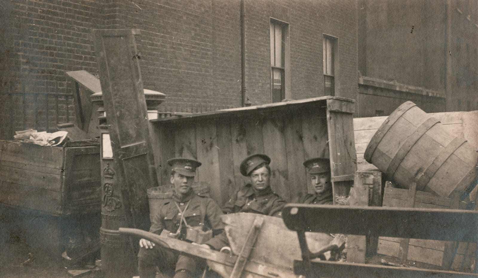 Holles Street barricade, 5th Leicesters, 1916