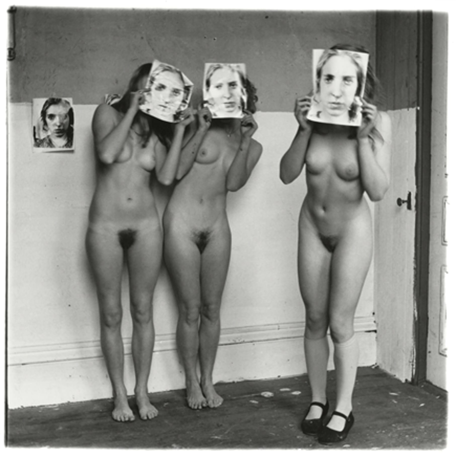 Francesca Woodman, About Being My Model, Providence, Rhode Island, 1976 © George and Betty Woodman NB: No toning, cropping, enlarging, or overprinting with text allowed.