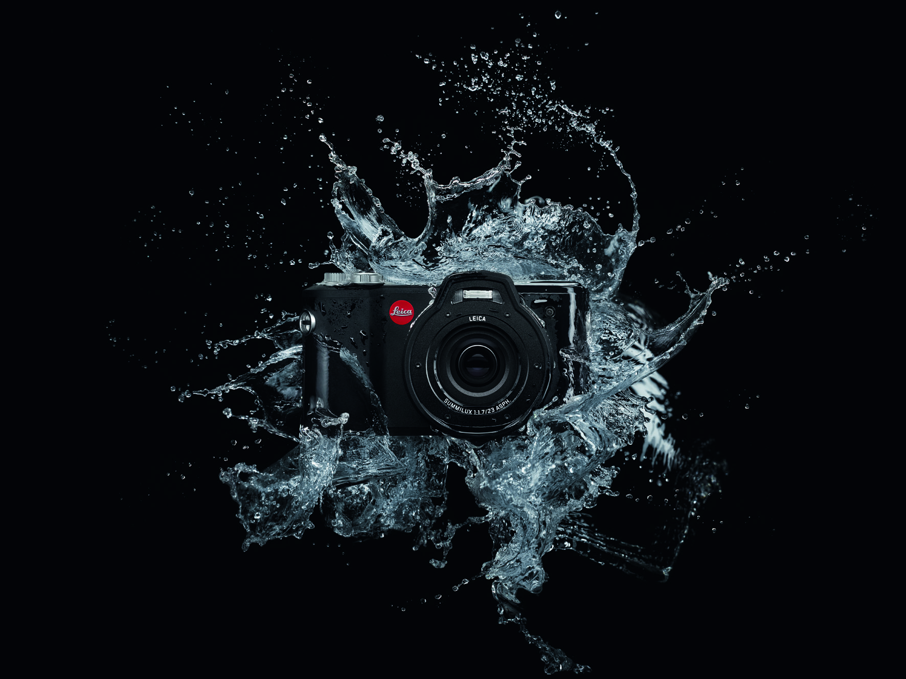 Leica X-U_action_water splash