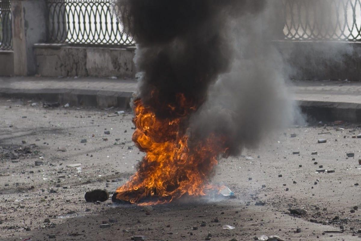 Protester on Qasr al-Nil Bridge