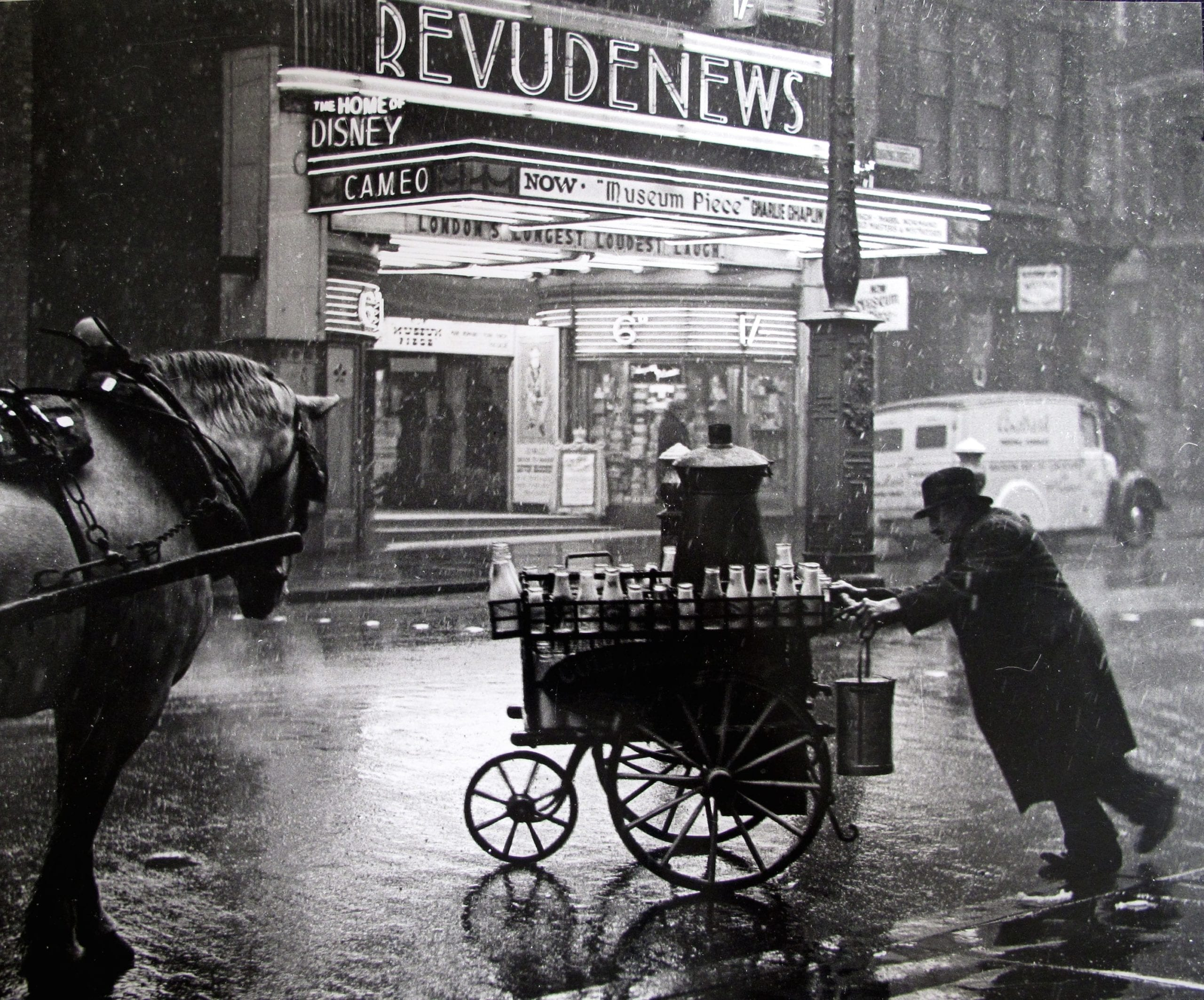 Wolf Suschitzky, 'Milkman on the Charing Cross Road', 1935