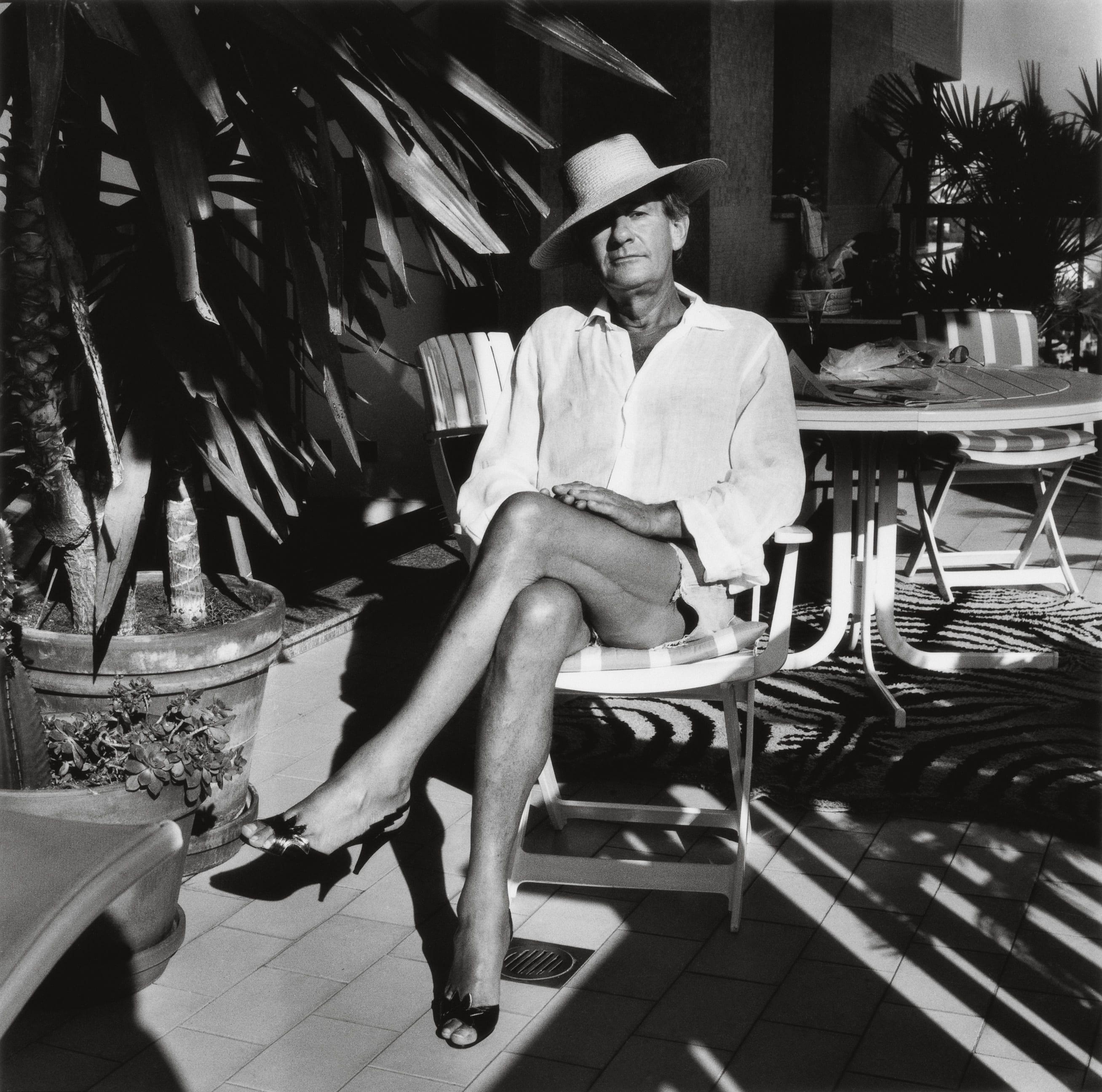 helmut newton and alice springs intimate self portraits. Black Bedroom Furniture Sets. Home Design Ideas
