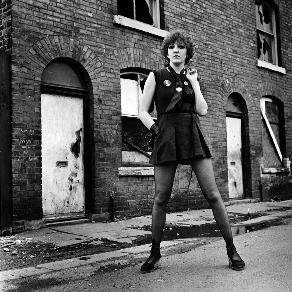 Joan Manchester c. Kevin Cummins.jpg