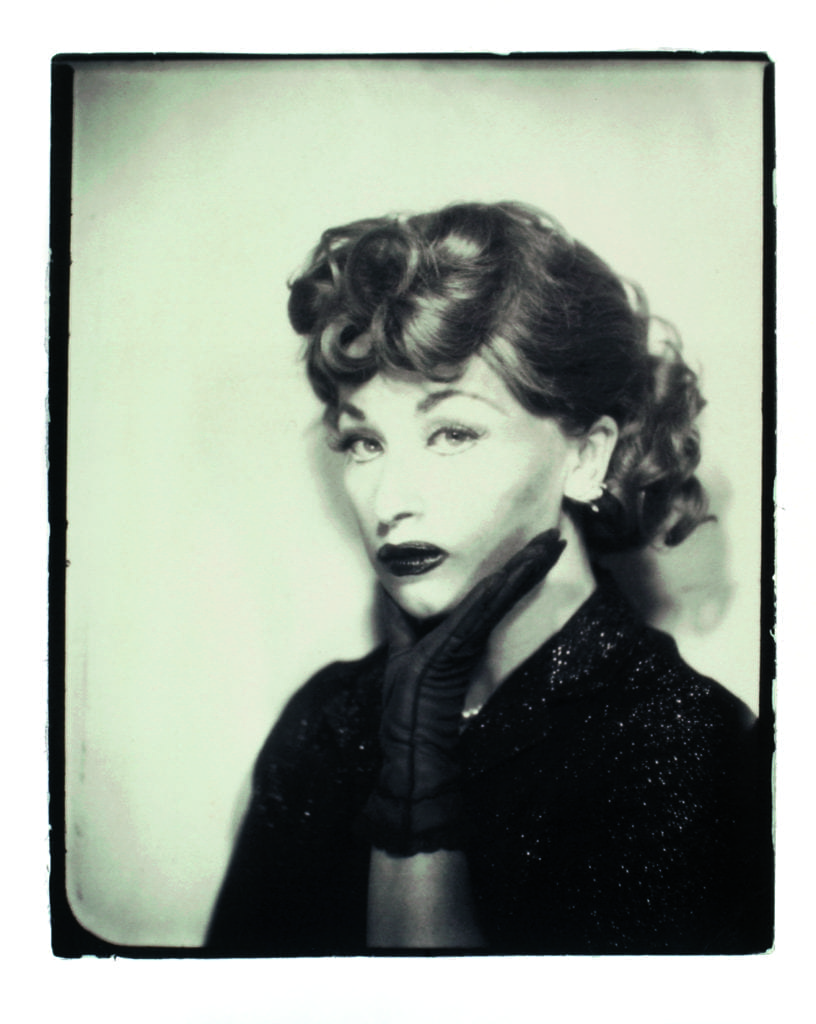 02_pressimage-feminist-avant-garde-l-cindy-sherman-untitled-lucy-1975-2001