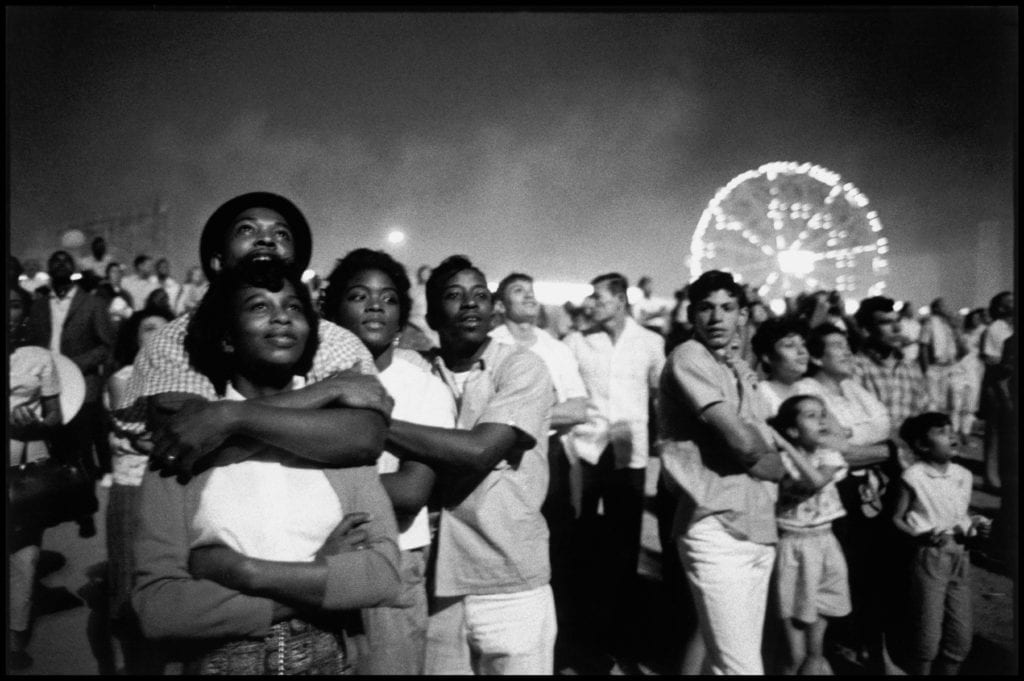 USA. New York City. 1962. Coney Island. 4th of July fireworks.