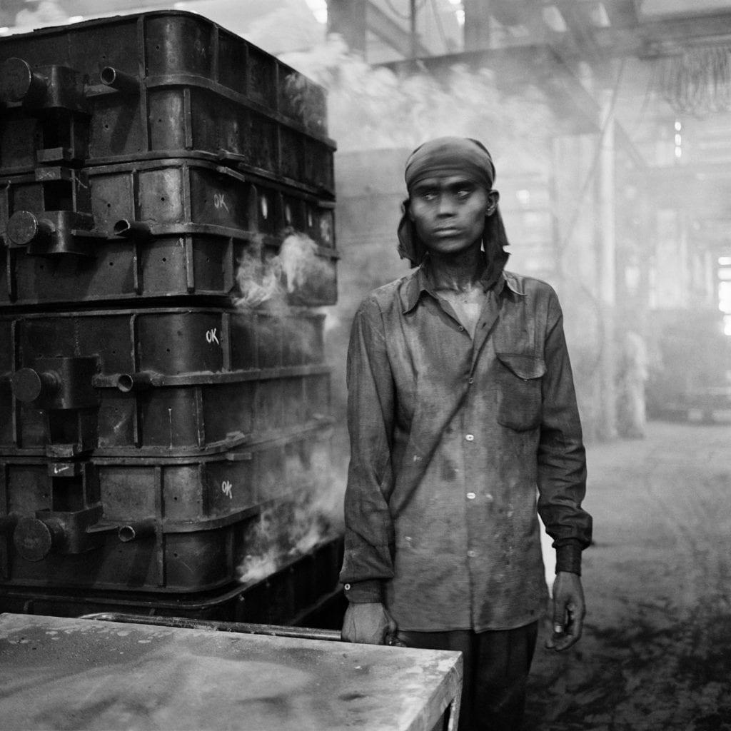 dayanita-singh_factories-3