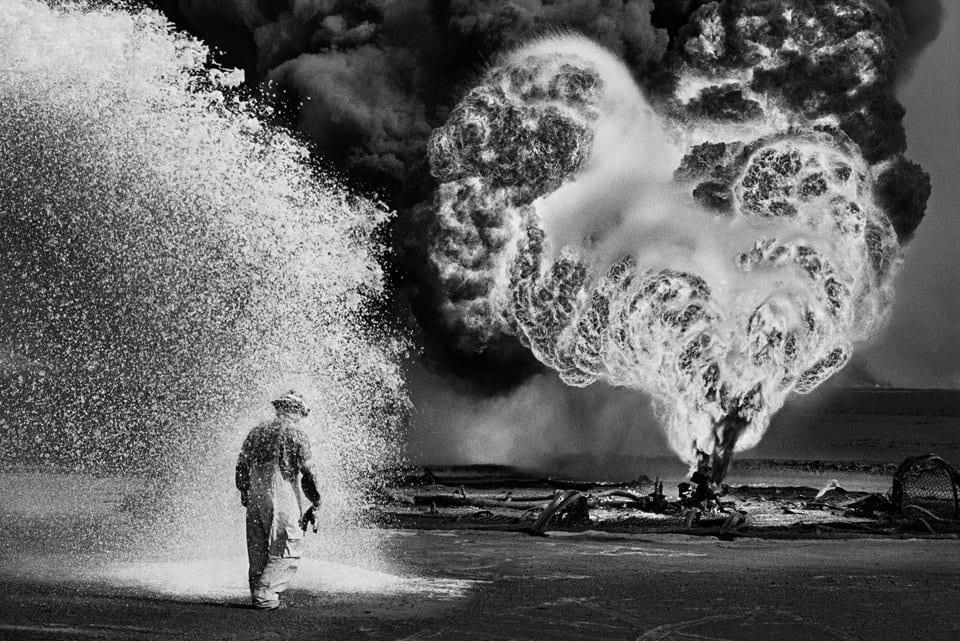 Fireball, Greater Burhan Oil Field. From Kuwait: A Desert on Fire © Sebastião Salgado/Amazonas, courtesy Taschen