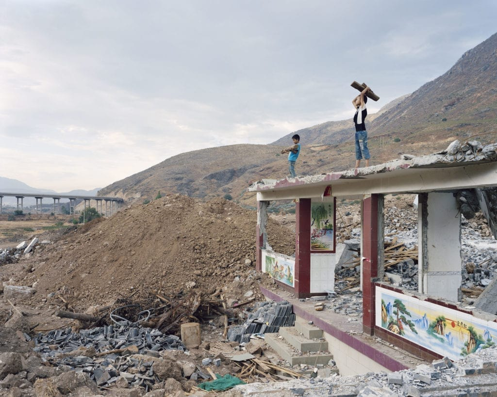 Y25 2,400km from the river source 6 Jun 2013, Mother River series, 2010-2014 © Yan Wang Preston