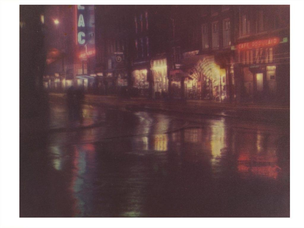 Reguliersbreestraat, Amsterdam About 1934 by Bernard Eilers (1878 – 1951). Foto-chroma Eilers, a short-lived colour separation technique © Bernard Eilers/Victoria and Albert Museum, London