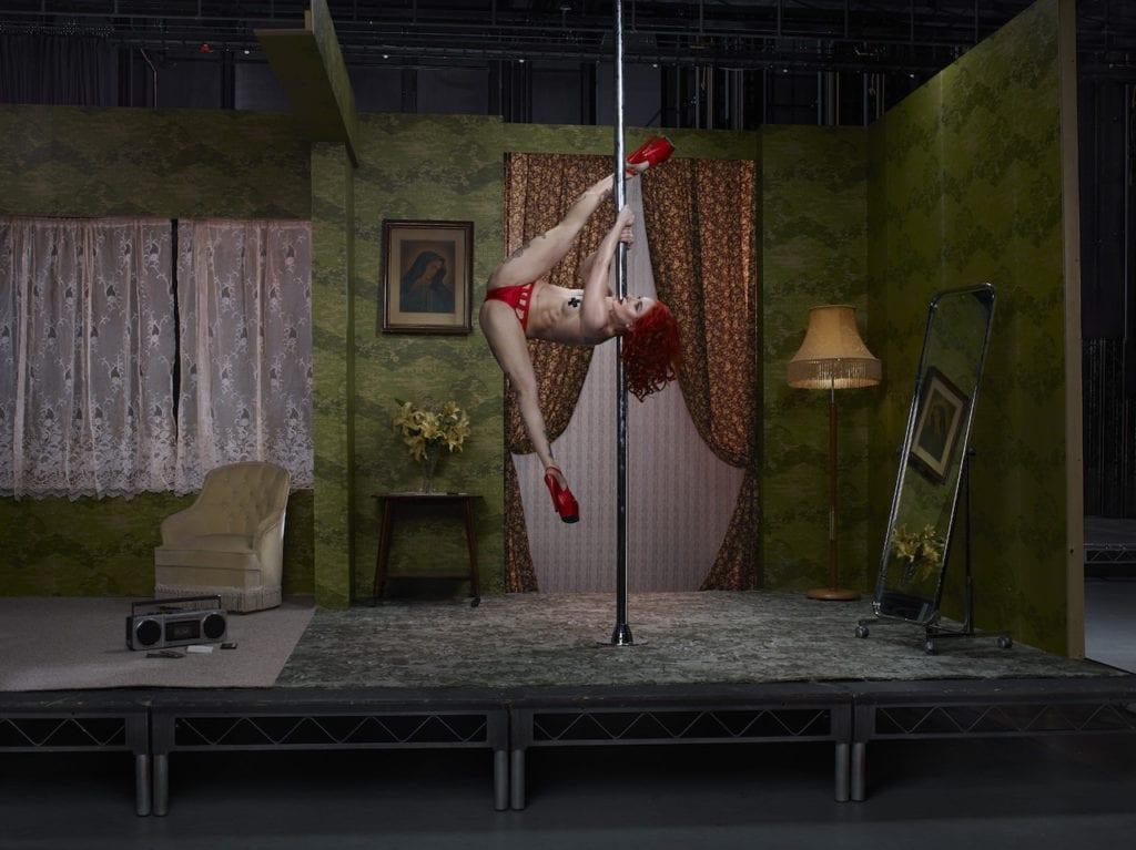 The Act, Sasha Flexy, Pole Dancer, 2017 @ Julia Fullerton-Batten, courtesy of the artist