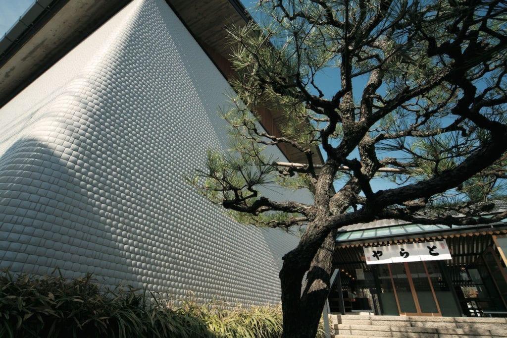 Toraya Kyoto Gallery © Naoyuki Ogino, courtesy Kyotographie
