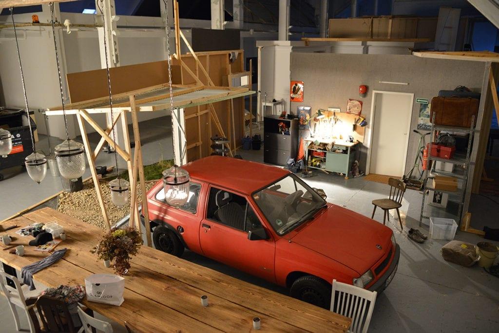 In progress: Garage set installation