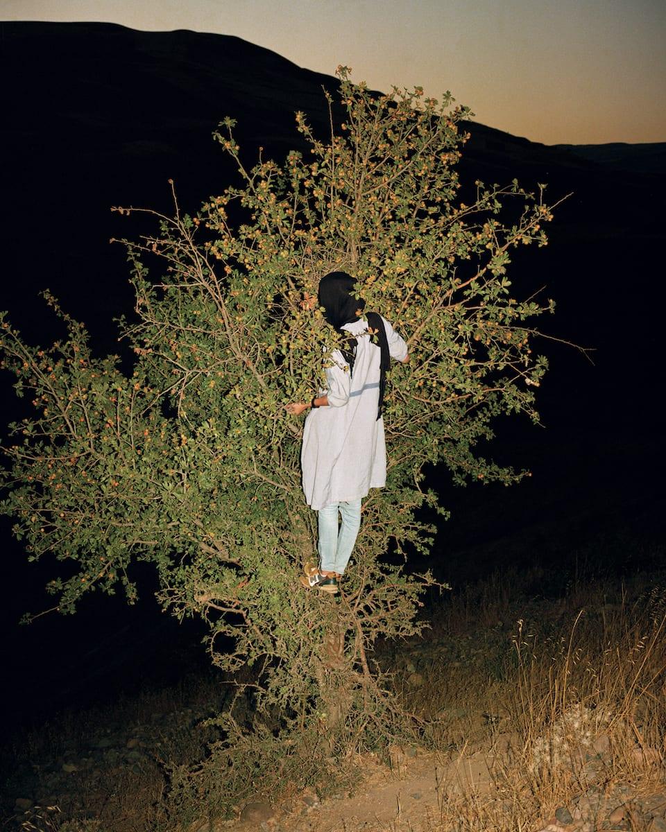 sarah-pannell-iran-04