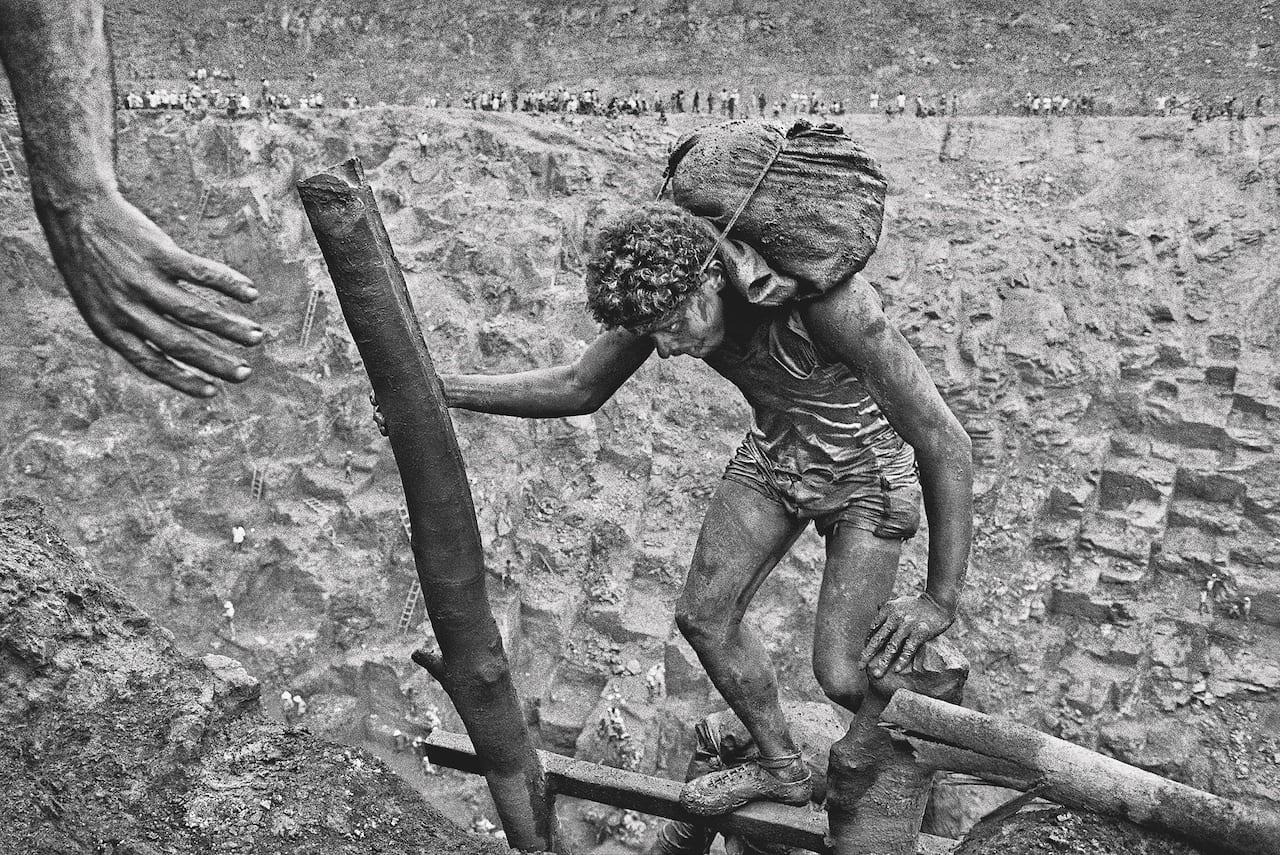 Sebastião Salgado: Gold – British Journal of Photography